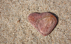 Picture sand, stone, heart
