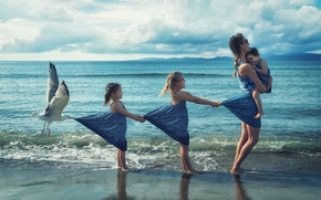 Picture shore, girls, Seagull, surf, mom
