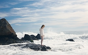 Picture wave, girl, the ocean, shore