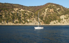Picture mountains, yacht, Divnomorsk, sea