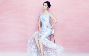 Picture look, pose, smile, pink, blue, model, dress, chair, Chinese, Qu Ying