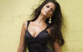 Picture look, girl, wall, model, earrings, black dress, black hair, Carla Ossa