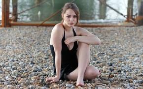 Picture look, stones, neckline, legs, Imogen