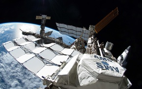 Picture Earth, Shuttle, ISS, solar, battery, Union, AMS, STS-134