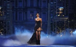 Picture glasses, singer, celebrity, Rihanna, speech