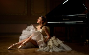 Picture piano, ballerina, Pointe shoes, Evelina Godunova