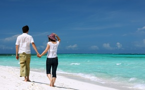 Picture beach, the ocean, romance, walk, two