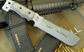 Wallpaper knife, machine, USA, bullets