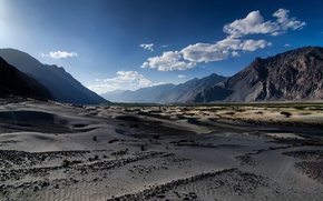 Picture sand, mountains, dunes, Nubra Valley