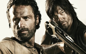 Picture crossbow, The Walking Dead, Rick Grimes, The walking dead, Andrew Lincoln, Norman Reedus, Daryl Dixon