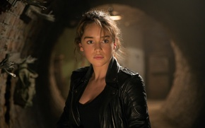 Picture look, background, Emilia Clarke, leather jacket, Emilia Clarke, Sarah Connor, Terminator: Genesis, Terminator Genisys