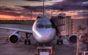 Picture the plane, sunrise, HDR, Canada