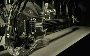 Picture reflection, guitar