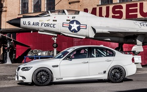 Picture white, the plane, BMW, BMW, white, Museum, plane, e92, museum