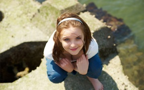 Picture look, water, girl, smile, the wind, stone, Mike, brown hair, wrap, Amelie