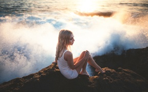 Picture girl, stone, surf, legs