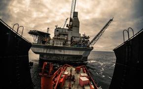 Picture Orlan, oil, oilandgas, offshore, offshorevessel, ahts, M.Safiullin, rosneft, exxonmobil, Rosneft, exxon, rigzone, arkutundagi, oilrig, netnamedpipe, …