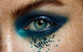 Picture eyes, makeup, rhinestones