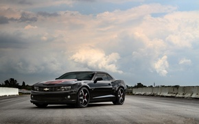 Picture road, the sky, clouds, black, Chevrolet, chevrolet, clouds, camaro ss, Camaro, blacksky, red stripes