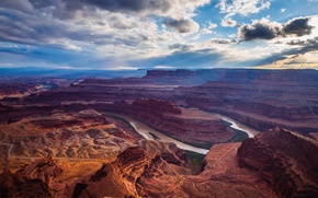 Picture the sky, clouds, mountains, river, canyon