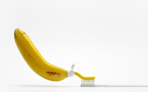 Picture brush, banana, toothpaste