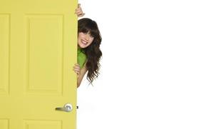 Picture actress, Zooey Deschanel, smile, Zooey Deschanel, Peeps, the door