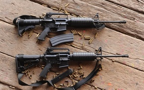 Picture guns, wood, automatic rifles, ammunition used