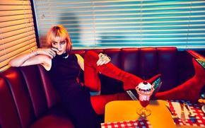 Picture musician, Grimes, Nylon, 2016, canadian singer, Grimes