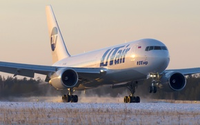 Picture winter, snow, sunset, engine, strip, wing, airport, Boeing, the plane, landing, sunset, chassis, winter, snow, ...