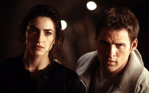 Picture the series, farscape, on the edge of the universe, ben browder, claudia black