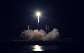 Picture start, SpaceX, Falcon 9, Cape Canaveral, Dragon Fire. rocket