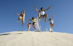 Picture sand, summer, the sky, joy, happiness, girls, mood, jump, laughter, guys