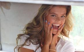 Picture model, laughter, Nina Agdal, Nina Agdal