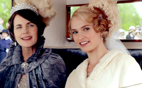 Picture the series, drama, characters, actress, Lily James, Downton Abbey, Cora Grantham, Elizabeth McGovern, Rose Eldridge