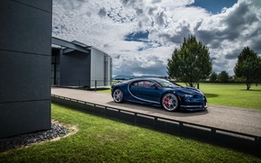 Wallpaper Bugatti, car, Bugatti, Chiron, trees, car, Chiron, sky