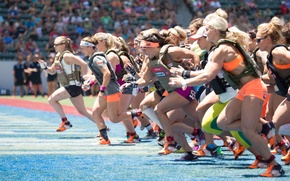 Picture running, athletes, crossfit games women