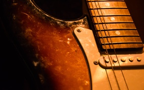 Picture macro, guitar, Old guitar, two strings