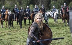 Picture sword, the series, battle, shield, drama, Vikings, historical, The Vikings, Katheryn Winnick, Lagertha