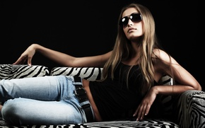 Picture face, pose, background, model, hair, jeans, figure, glasses, legs, cool