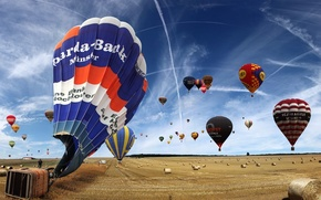 Picture field, the sky, Balloons