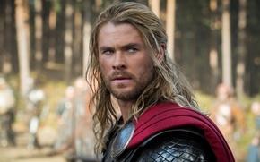 Picture armor, Thor, Chris Hemsworth.Chris Hemsworth, Thor : The Dark World