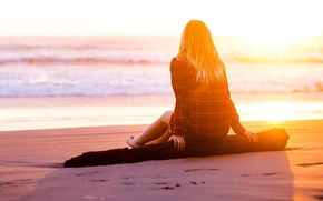 Picture Girl, light, beach, sea, sunset, water, sun, sand, mood, loneliness, blonde, branch, feeling, trunk, waiting