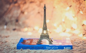 Picture toy, book, Eiffel tower