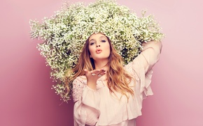 Picture flowers, photo, background, model, makeup, actress, hairstyle, gesture, kiss, Drew Barrymore, Drew Barrymore, Good Housekeeping, …
