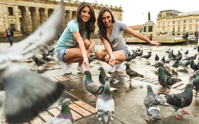 Wallpaper smile, girls, area, pigeons, beauty