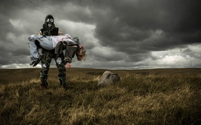 Picture field, girl, gas mask, male