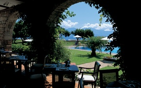 Picture clouds, trees, Palma, chairs, Sea, pool, tables, cafe, arch, sunbed, serving, ivy.