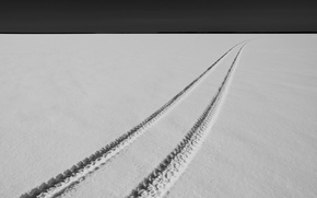 Picture snow, trail, minimalism