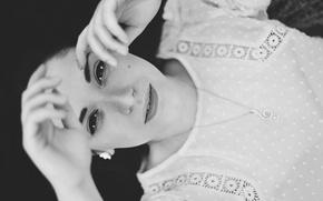 Picture girl, portrait, suspension