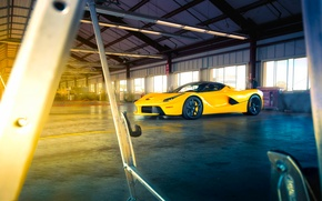 Picture Ferrari, Front, Sun, Yellow, Supercar, LaFerrari, Beam, Angar